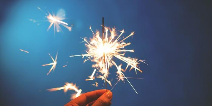 sparklers-923527_960_720